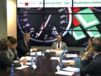 Reunion ARAMUR consejero de Presidencia y Fomento